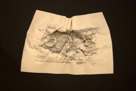 EL SILENCIO DE LAS ARRUGAS VII, 2017 carbón prensado sobre papel 36x29cm