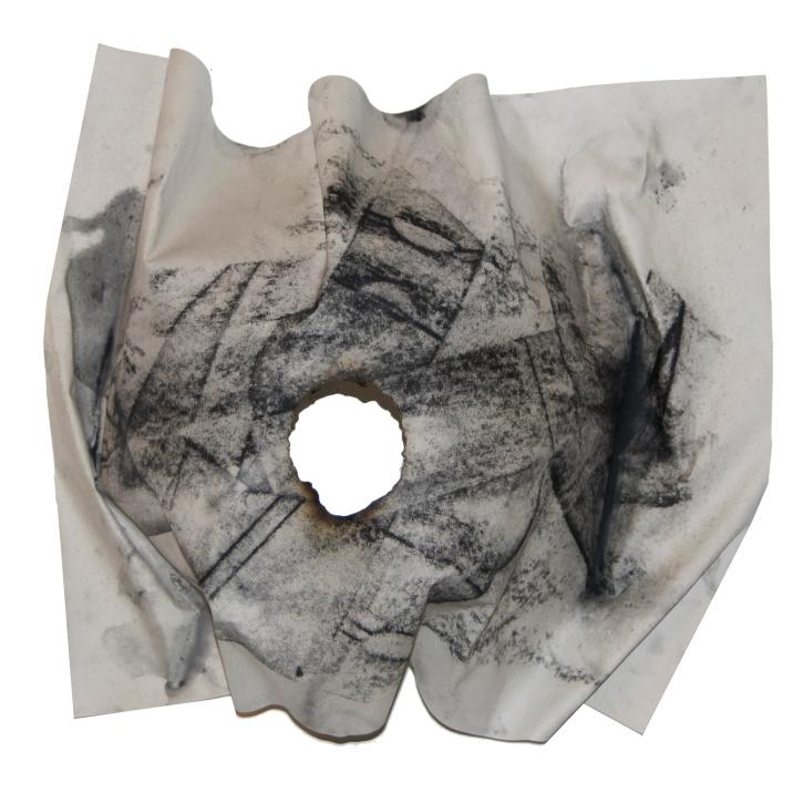 INSTANTE V, 2018 mixta sobre papel reciclado 30x42x20cm